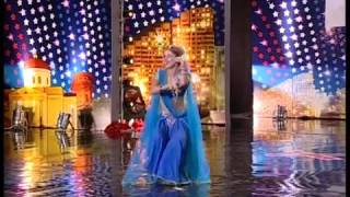 download lagu Girl Sings Bollywood Song In Foreign Talent Show gratis