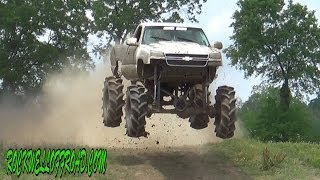 MILKMAN MEGA TRUCK FLYIN HIGH AT MUD TRUCK MADNESS