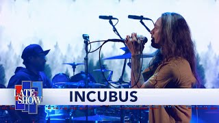 "Incubus Perform ""Into The Summer"""