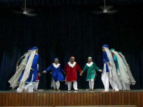 aliena-  folk dance