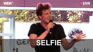 "Era Gag: Lomaz Mockridge durch ""Selfies"" | 1LIVE"