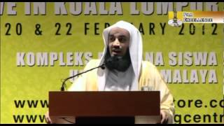 """""""Dad, my Friends are Gay"""" ┇FUNNY┇ Mufti Ismail Menk ┇Smile…itz Sunnah┇"""