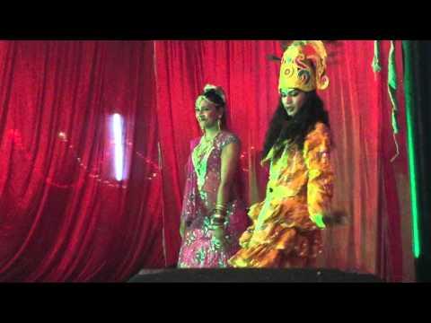 Jhula Jhulo Re Radhe Rani - Best Hindi Bhakti Song