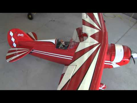HUGE RC MODEL AIRPLANES