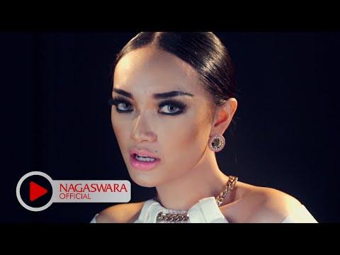 Zaskia Gotik -  Hey Mas Bro - Official Music Video Hd - Nagaswara video