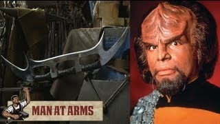 Klingon Bat'leth (Star Trek) - MAN AT ARMS