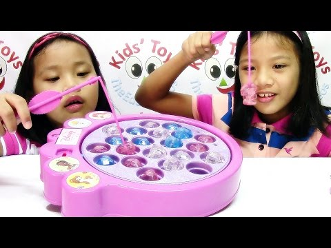 Disney Princess Magical Gems Fishing Game - Disney Toy Playset