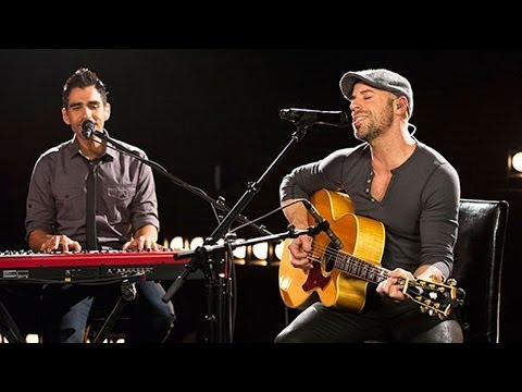 Daughtry Performs 'Waiting For Superman' Live At Billboard