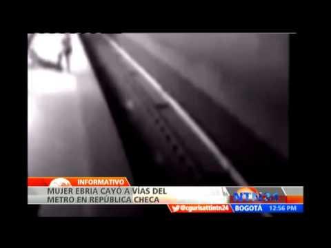 Mujer ebria cae en las vías del metro en República Checa