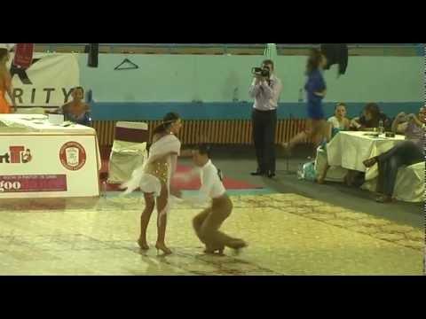 TIDC 2012 – WDSF Rising Star Semifinal Andrea Civita e Eleonora De MItri -jive 001.avi