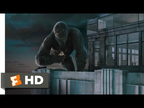 King Kong (810) Movie CLIP - Climbing the Empire State Building...