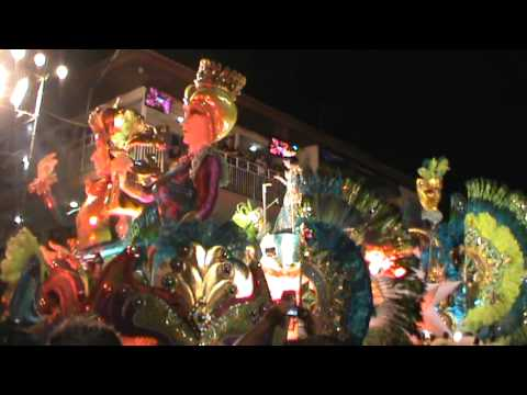DESPEDIDA DE SRM. ASTRID CAROLINA - PASEO NOCTURNO - CALLE ARRIBA DE LAS TABLAS 2012