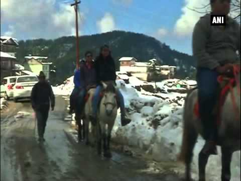 Tourists enjoy fresh snowfall in Himachal Pradesh