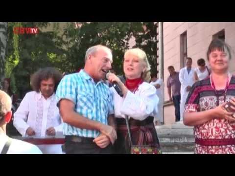 Буковинська писанка - Оксана Cавчук заспівала для поранених в зоні АТО буковинців
