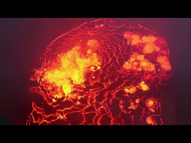 More fissures open at Hawaii's Kilauea volcano