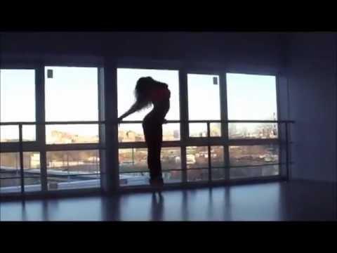 девочка не плохо танцует гоу гоу .mp4