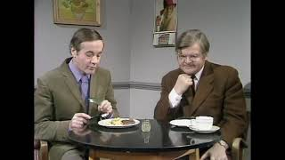 Benny Hill   Benny's Quickies 1976