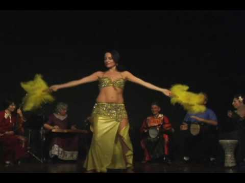 Belly dance with April Faith (part 2)
