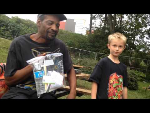 Caiden helping Homeless (ORIGINAL VIDEO)