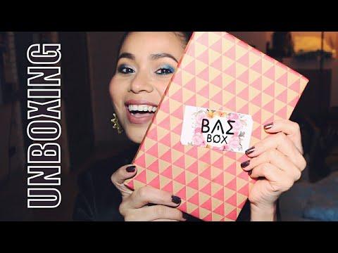 UNBOXING: BAE Box + Probando todos los productos :D  | Karla Burelo :)