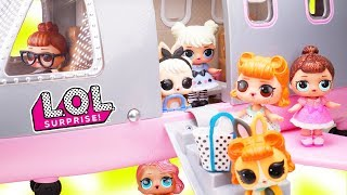 LOL Surprise Dolls + Lil Sisters get New Plane for Vacation with Pets - Toy Wave 2 Fizzy Video