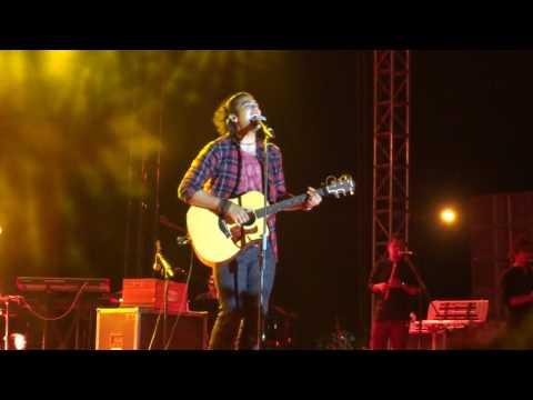 ZINDAGI KUCH TO BATA BY JUBIN NAUTIYAL LIVE PERFORMANCE