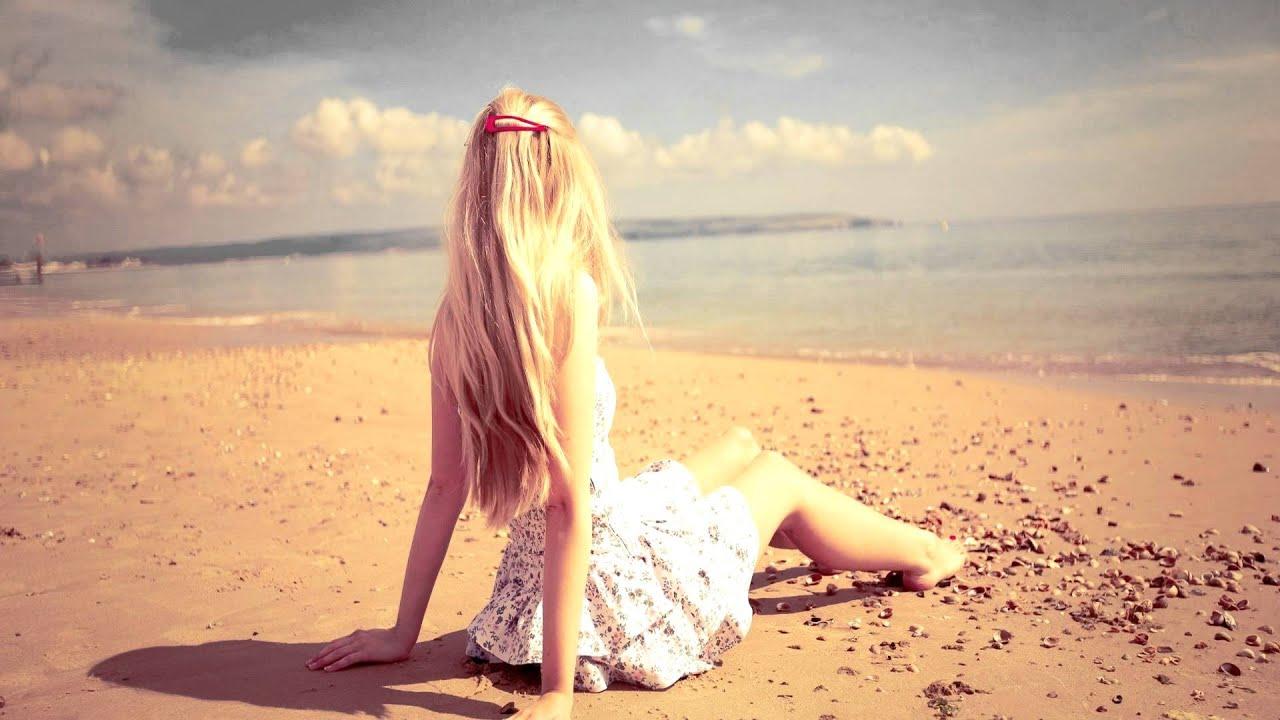 фотографии девушек со спины на море вечернее время