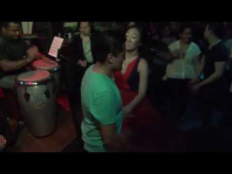 Luis Flores and Elizabeth Yoon Salsa Dancing at Session 73 5/20/2013 [HD]