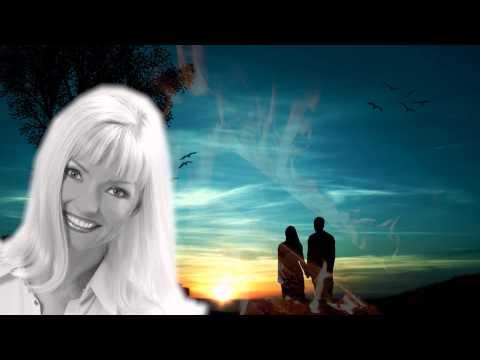 Ещё больше видео с марью ляник на сайте посвященном этой певице: http