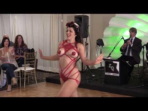 Watch Burlesque Full Movie - Online PotLocker