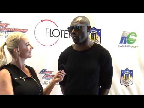 RED CARPET OF HOLLYWOOD-Interview with NFL Star Former WR -TERRELL OWENS