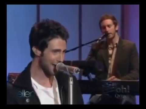 Maroon 5 - Shiver - Live on The Ellen DeGeneres Show 2005