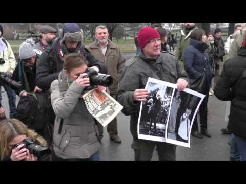 Serbian Photographers Protest Copyright Changes