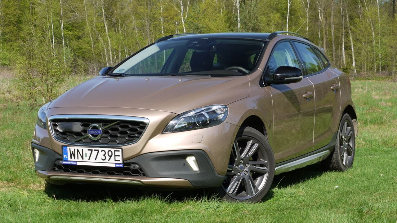 (ENG) Volvo V40 Cross Country D4 - Test Drive and Review - YouTube