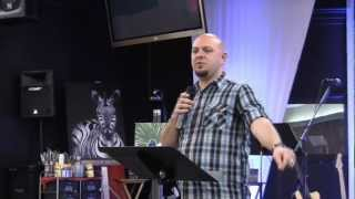 "Jonathan Welton - ""Liberating Women in Ministry"""