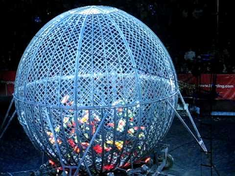 Globe of Death 5 motorcyles in steel ball