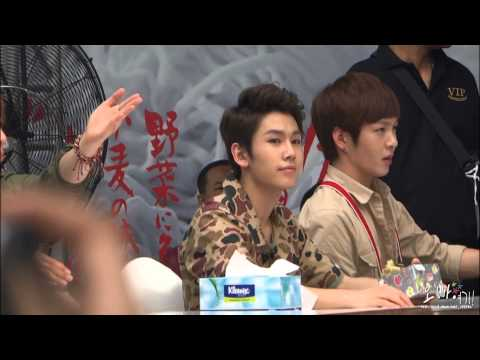 130518 BTOB 비투비 Press play Thailand Fansign Event - 일훈 귀여워 ♥