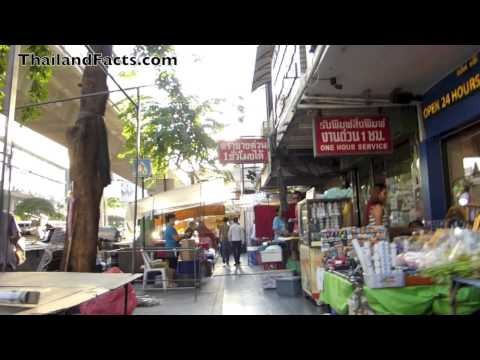 Silom Bangkok : Street, Shops & People part 1