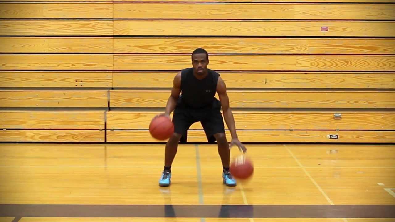 белый баскетболист видео