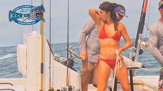 Beautiful Girl Fishing - Gulf Mexico - Amazing Hand Fishing - Hot Girl Fishing Grouper - Compilation