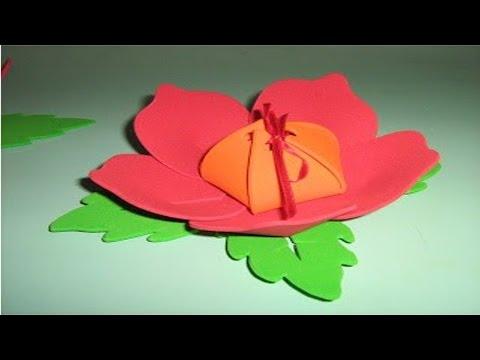 Clique e veja o vídeo Artesanato em Borracha EVA - Como Fazer Flor em EVA