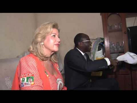 Visite du candidat Alassane OUATTARA à la famille Aka à Yopougon Niangon