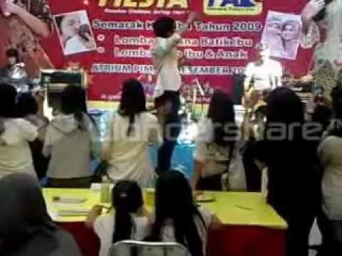 Larocca   Teman Curhat  Live in PIM