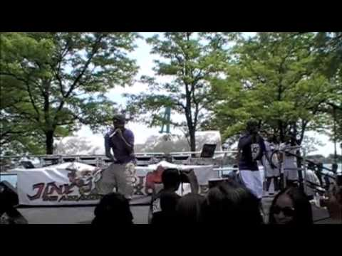 LIL E LIVE AT DETROIT'S HOT 102.7 SUMMER JAMZ 12 STARRING: SOULJA BOY, DAY 26, OJ DA JUICE MAN,.