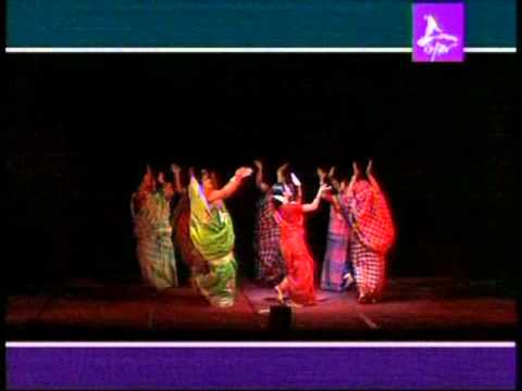 Bou Dhamail.mp4 ( Bengali Folk Dance.  ( Graceful Dance Differing From Other Folk Dance ) video