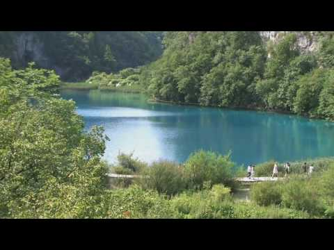 0 Plitvice Parc national de Croatie ; une nature splendide entre lacs et cascades