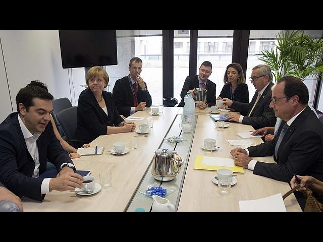 Dette grecque : arrivée des dirigeants au sommet de la zone euro