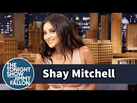 Shay Mitchell Left a Pretty Little Liars Script at Whole Foods