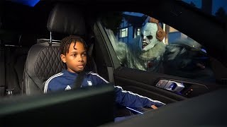 Trying to Scare Tekkerz Kid with Scary IT Clown