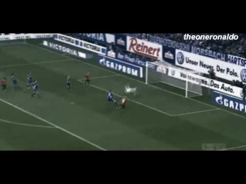 Manuel Neuer vs Oliver Kahn - Two Legends 2010/2011 HD